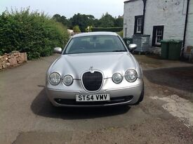 Metallic silver Automatic leather interior all usual extras a suburb lass quick machine