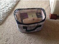 Avon Parfum, Eau de Toilette, Varnishes and assorted items