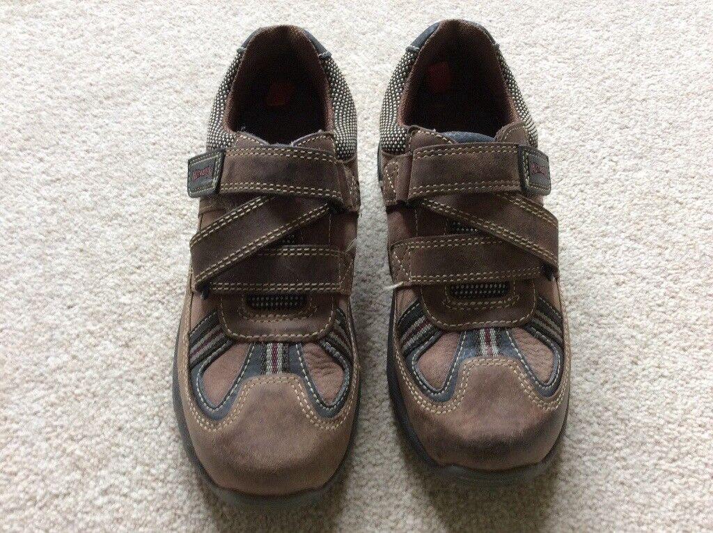 Clarks Boys Brown Nubuck Shoes 11 1/2 F