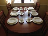 29 Piece Fine Bone China Dinner Set in White