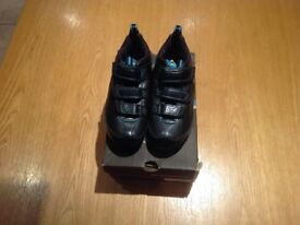 Cycling shoes - Ladies/Child