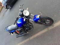 Sinnis 125 motorbike