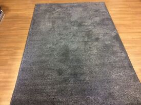 Saxony rug, top quality, brand new, bleach cleanable, 6 ft 4 x 4 ft 3 bargain £20