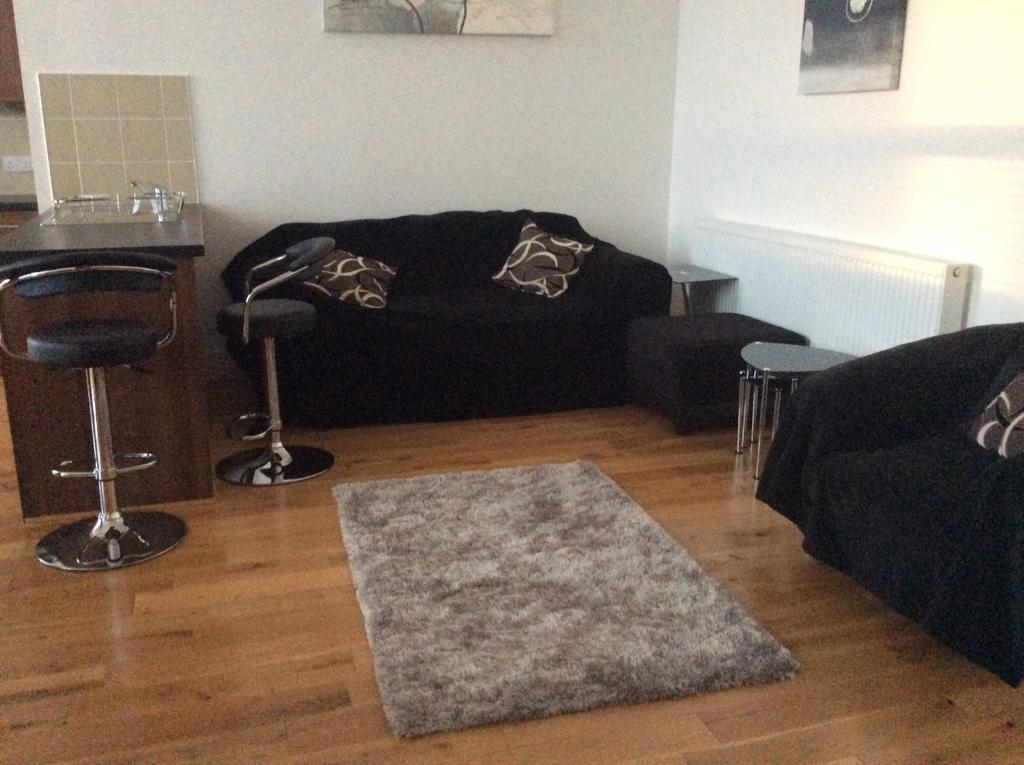 2 Bedroom Luxury Loft Style Apartment For Rent- Minutes ...
