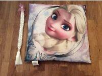 Disney Frozen Cushion & Elsa Hair Piece