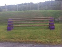 PAIR OF SLOPING SHOW JUMPING BLOCKS & 6 WOODEN POLES AS NEW