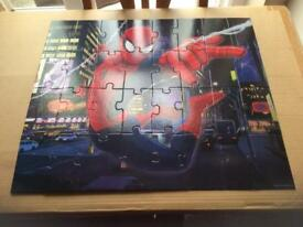 Ultimate Spiderman 32 piece jigsaw puzzle