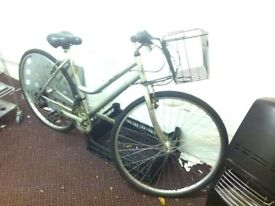 Ladies Shopper Bike 15 speed in good condition (Collection Only)