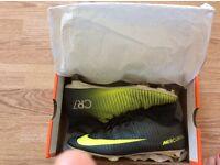 Nike CR7 football sock boots ( Cristiano ronaldo )
