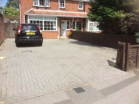 Driveway parking to rent for up to 3 cars