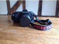 PENTAX P30 CAMERA with ZOOM 35-70mm. AF 200SA ELECTRONIC FLASH UNIT INCLUDED