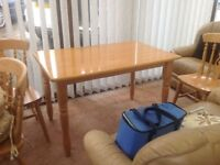 Kitchen Table and 4 Chairs (Good Quality)