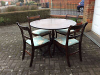 Circular Dining Room Table and 4no Chairs