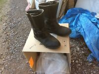 Motor bike boots size 8. May be useful to first time biker.Free