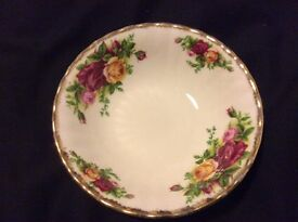 Royal Albert fruit saucer, old country roses