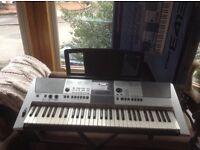 Yamaha PRS-E413 Keyboard with Stand