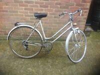 Ladies Vintage Town Bike 5 Speed