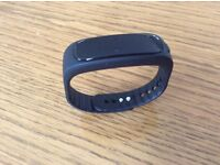 NEW. 12-in-1 Bluetooth fitness tracker