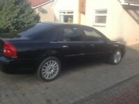 Volvo S80 2.4 diesel saloon , long mot , fitted towbar , leather interior ph or text 07768476166