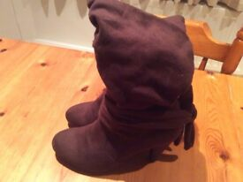 Jasper Conran Brown Suede Look Boots. Size 6.Excellent Condition.