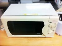 Frigidaire MODEL: FCL -MW10W 700Watts Output - 20 LITRES - GOOD CONDITION