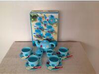 Childs Tea Set.