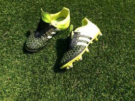 Kids size 4 football boots (Adidas 15.3)