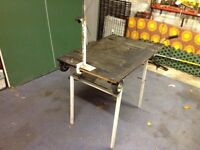 Dog trimming table