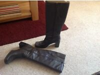 Brown ladies boots size 5.5