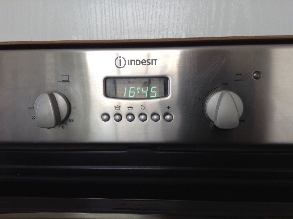 Indesit Integrated Fan Oven Free Must Go Before Saturday