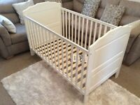 O Baby Beverley Cot Bed (White)