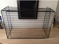 Extending fire guard -black -great condition