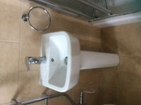 Cloakroom/En-suite sink and pedestal