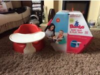 Bumbo baby seat and play tray
