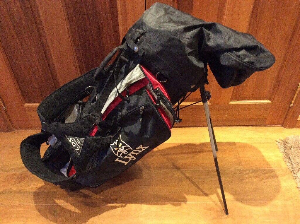 Lightweight Lynx Golf Bag.