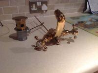 Heritage gold basin mixer tap