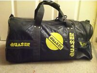 GYM FOOTBALL BAG TRAVEL HAND LUGGAGE WEEKEND BAG weekend, holiday, gym, school, college. M size
