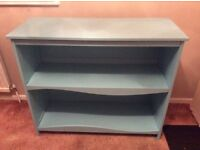 Lovely blue solid wood bookcase from Vertbaudet