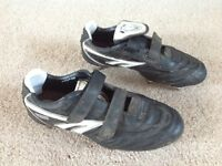 Football Boots - HITEC size 6