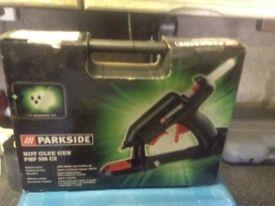 Hot glue gun,,,new