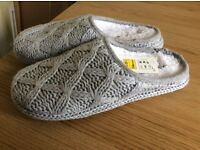 Ladies marks and spencer per una slippers size 5-6