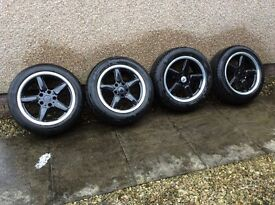 Set of 4 alloys and tyres