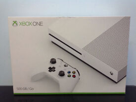 Microsoft Xbox One S Gaming Console 500GB + 7 GAMES + CHARGINGSTATION