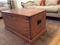 OLD ANTIQUE PINE STORAGE TRUNK / CHEST / COFFEE TABLE
