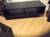 HOME Black cube TV Stand & 2 Cubes 1-shelf End Table (Pick-up only please)