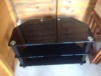 Black Glass TC stand in excellent condition