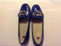 Ladies Hogl shoes size 6