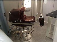 Silvercross. Dolls vintage pram Now £100 for quick sale