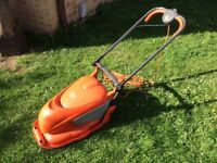 FLYMO HOVER COMPACT 300 LAWNMOWER / LAWN MOWER