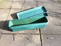 2 window box troughs with trays